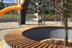 4 betoformos betoniniai suoliukai klombos
