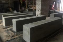 2 betoformos betoniniai suoliukai