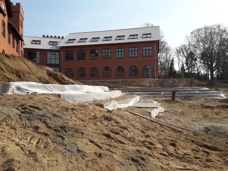 betonines sieneles slaitams darbo procese