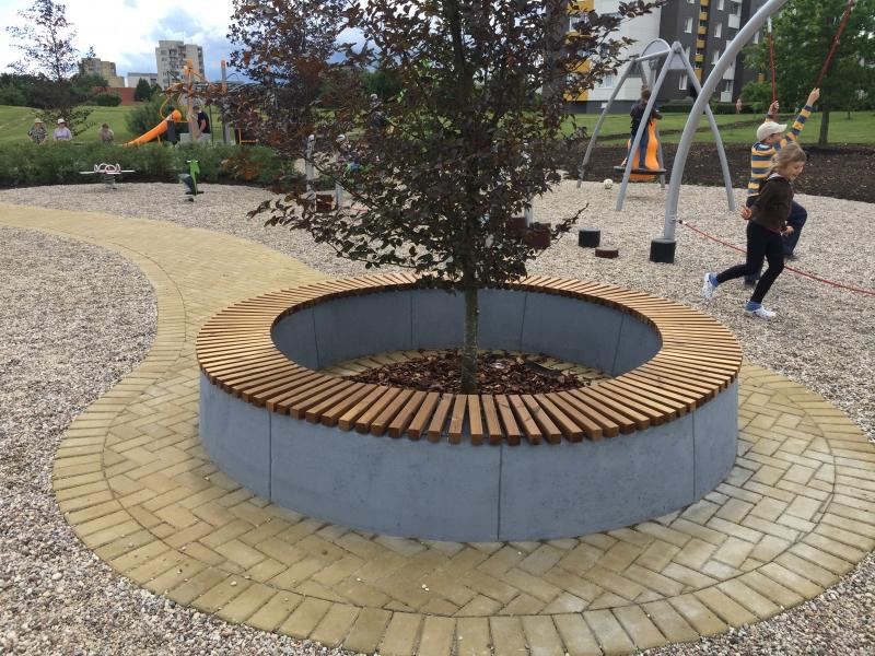 betoniniai suoliukai Concrete bench