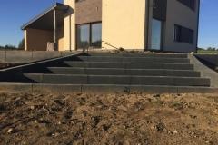 3 betoniniai betoformos laiptai