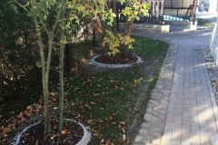 Liejami betoniniai borteliai sodui