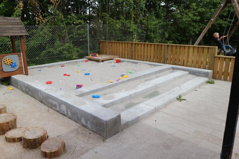 betoniniai krastovaizdzio architekturos elementai vaiku zaidimu aikstelems