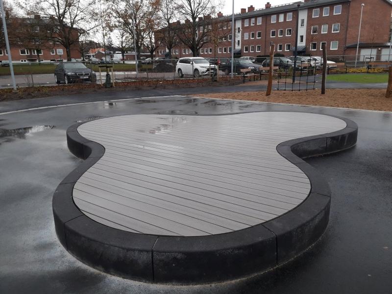 liejamos betonines sieneles lenktos formos