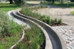 betoniniai latakai aplinkai miesto erdvėms