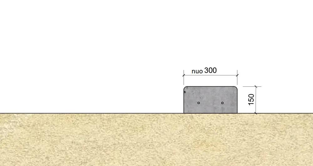 Ant stabilaus smėlio/skaldos pagrindo išliejamas apatinis laiptelis